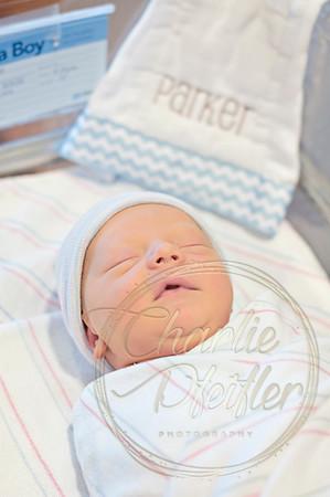 Parker_Newborn_017