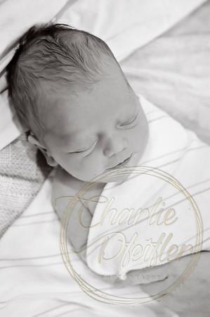 Parker_Newborn_012bw