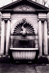 Leonidas Springs Fountain