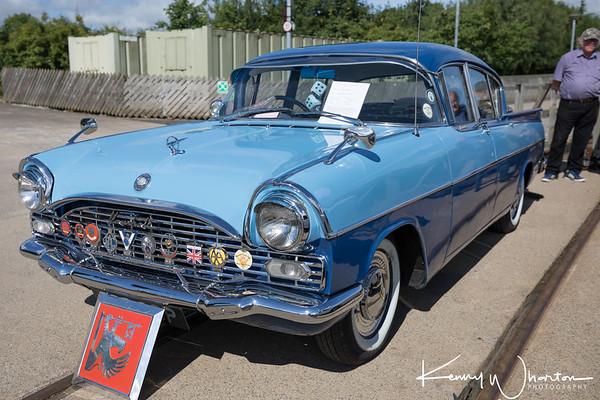 690 GOP Vauxhall Cresta  (1962)