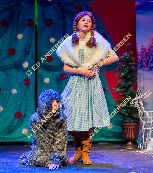 YIS play - Christmas Wizard of Oz, at Jeanie Dini Center.