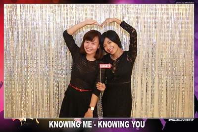 Wizeline-Vietnam-Year-End-Party-Photobooth-by-WefieBox-16