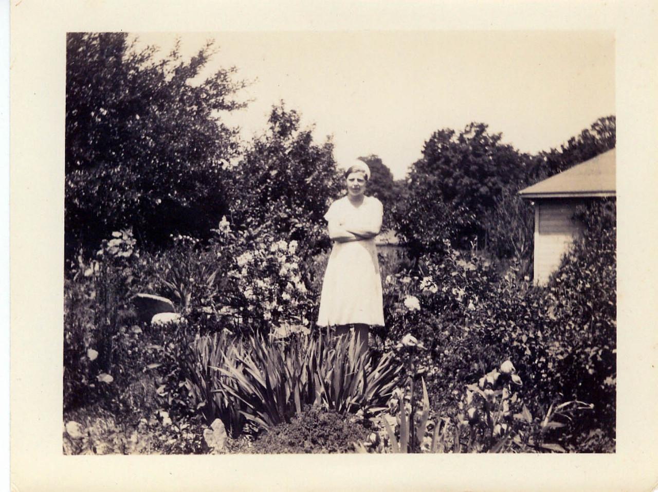 Helen Wolff Conte