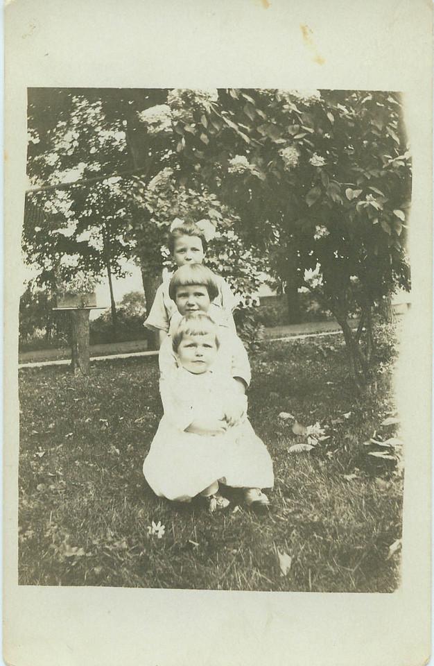 Helen, Winn and Wilma Wolff