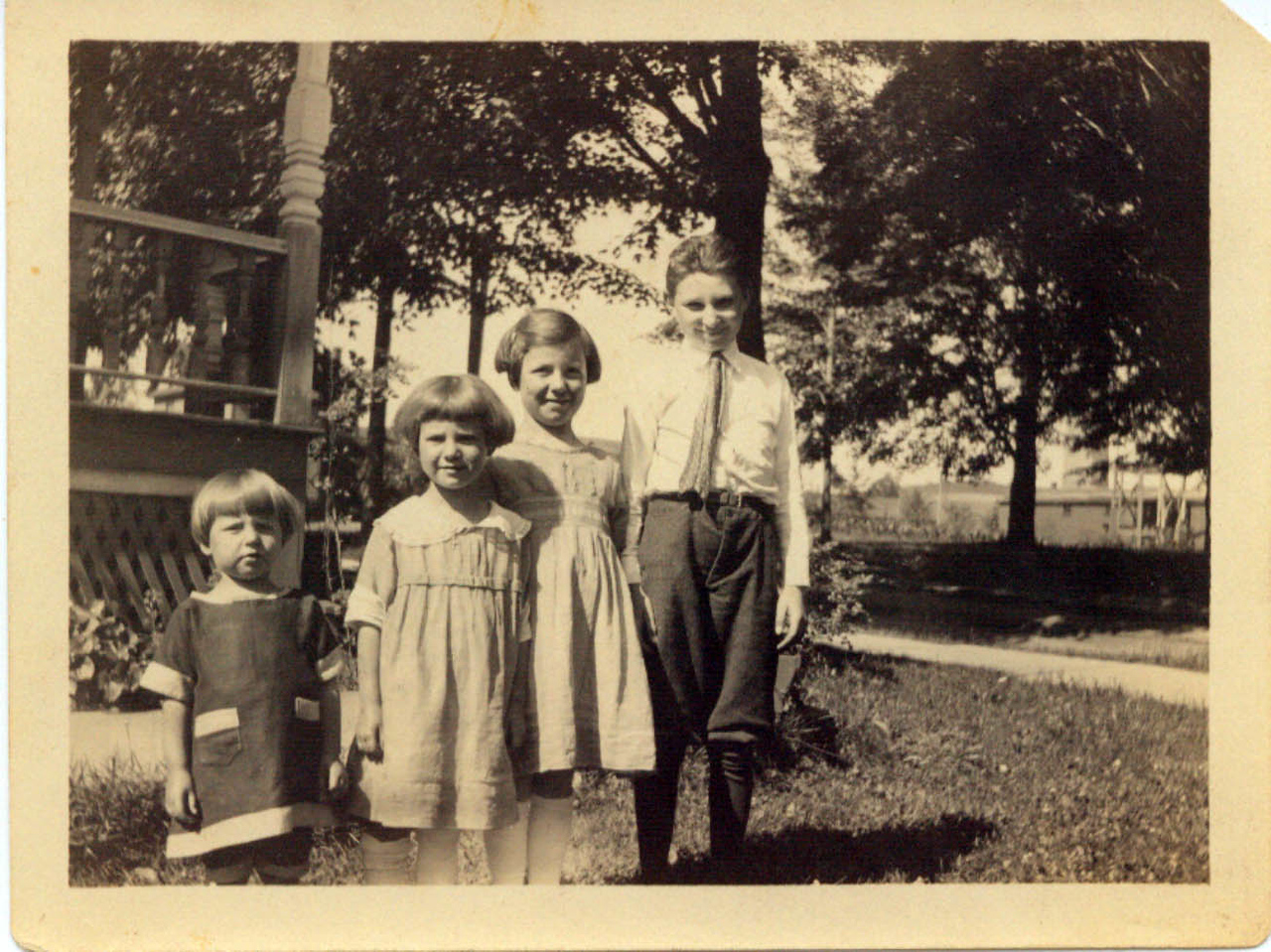 Helen, Winn, Wilma and Harold Wolff