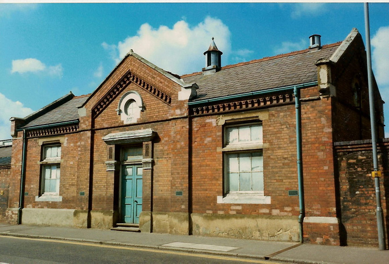 The Bath House on Stratford Road on 5 April 1987.