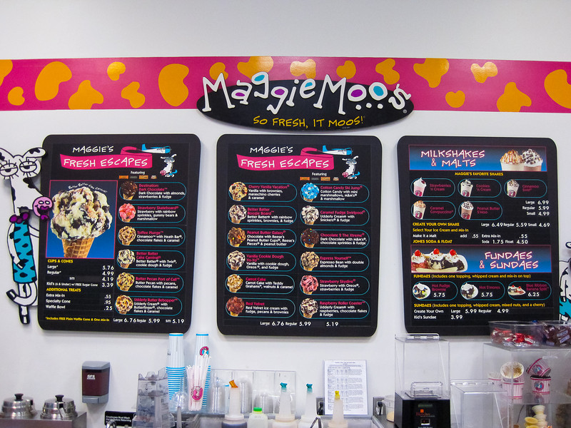 After Dinner it was off to Maggie Moo's for some Ice Cream