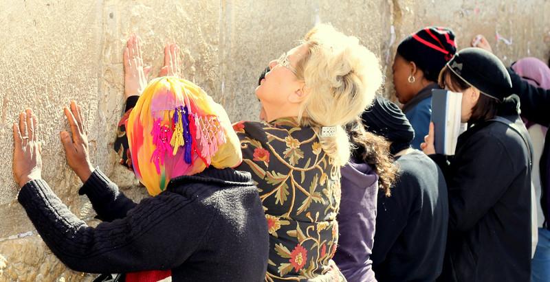 Women at the Kotel