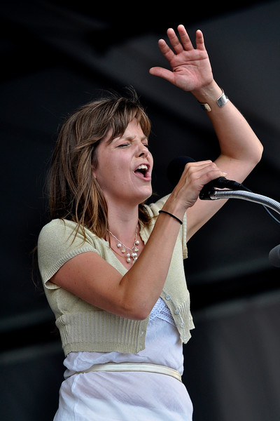 Theresa Andersson performing at the New Orleans Jazz & Heritage Festival on April 30, 2009.