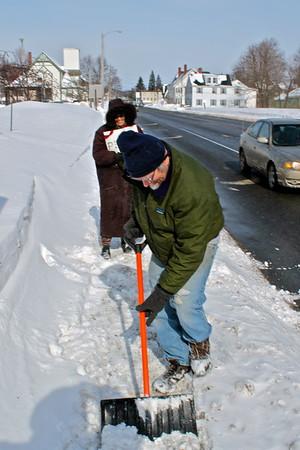 15.02.20 WinB Snow Shovel