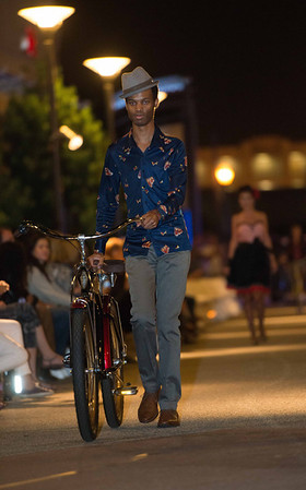 Fashion Show - ProWalk - ProBike