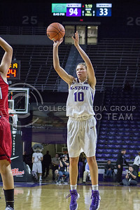 Sophomore guard Kayla Goth shoots the ball at the K-State game against Newman in Bramlage Coliseum on Nov. 7, 2016. (Maddie Domnick | The Collegian)