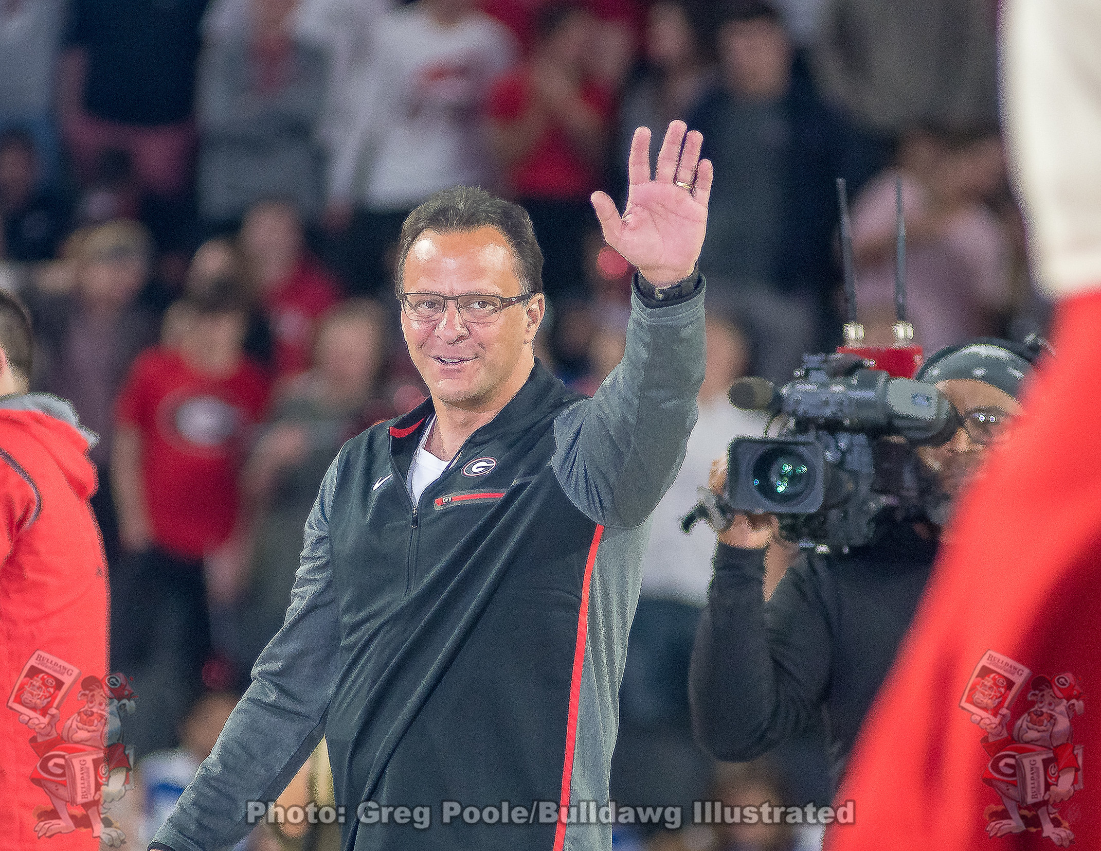 Photos New Mbb Coach Tom Crean Meets And Greets Fans Bulldawg