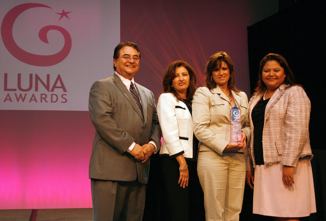 HCADFW Chairman Chris Escobedo; Deputy Mayor Pro Tem Dr. Elba Garcia; HCADFW Luna Award Recipient for Outstanding Female Construction /Service Worker of the Year: Leah Gentzler of Genztler Electric Services, Inc.; HCADFW Board Member Elizabeth Chavez.