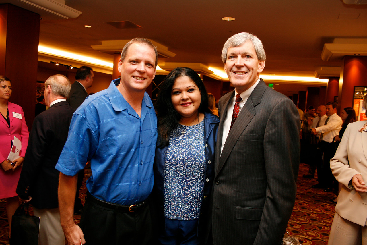 Conference Guest; Elizabeth Waters Vazguez, RE Fasteners; and Mayor Tom Leppert