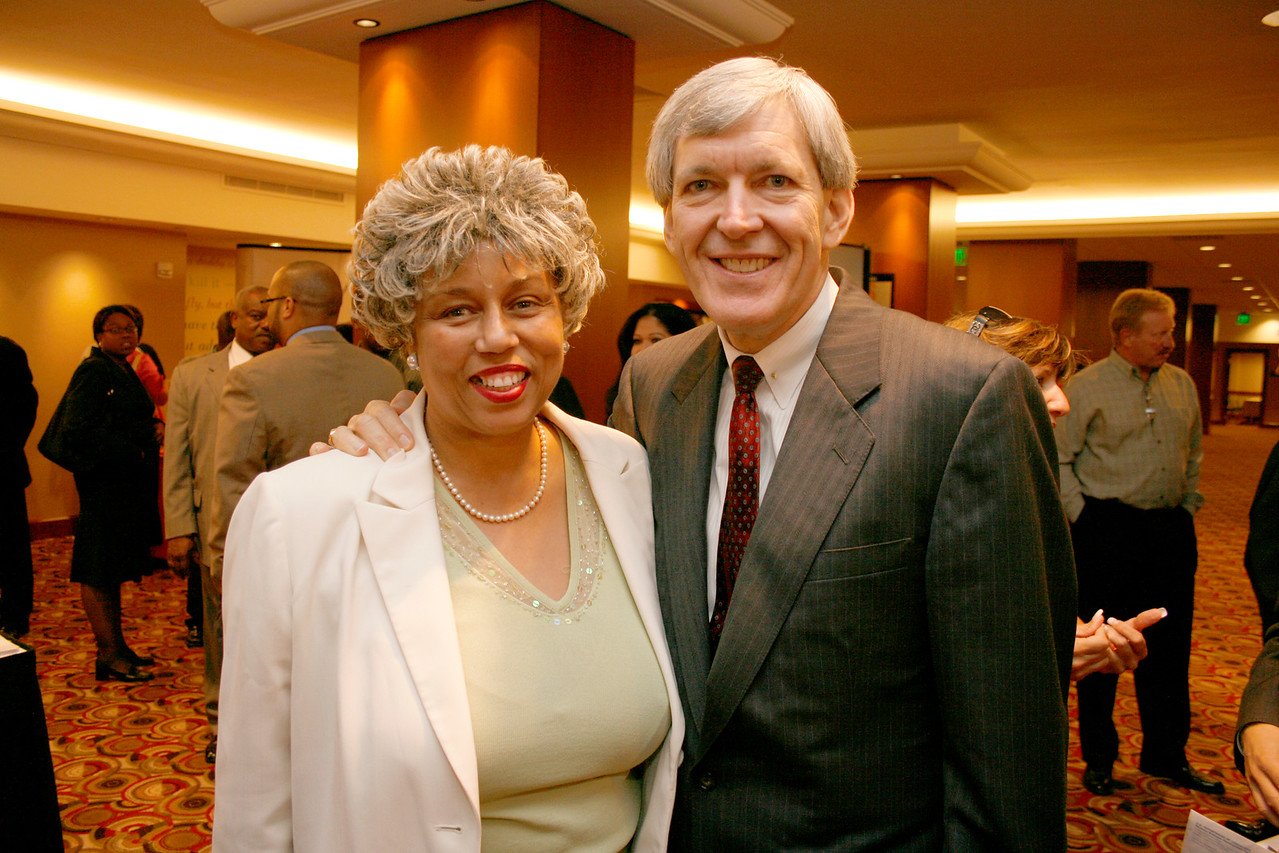 Margo J. Posey, DFW MBC and Mayor Tom Leppert