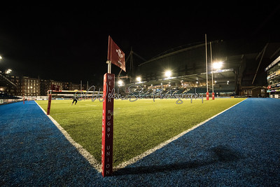 Remembrance Rugby Match between Wales Women (Development) v UK Armed Forces Women, Cardiff Arms Park on Wednesday 8th November 2017.   Photographs by Simon Latham