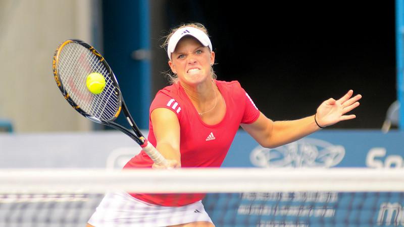 Melanie Oudin  of the US in doubles w/ Jamie Hampton Western & Southern Financial Group Women's Open.(CincySportsZone/Scott Davis)