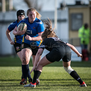 Women's Regional Rugby, Ospreys Ladies U18's v Dragons Ladies U18's on Sunday November 26 2017 at St Helens, Swansea, South Wales. Photographer : Simon Latham