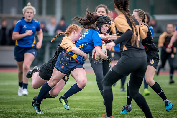 Womens Regional Rugby, Dragons U18's v RGC U18's at Centre for Sporting Excellence in Ystrad Mynach, South Wales on Sunday 14 January 2018.   Pictures by Simon Latham