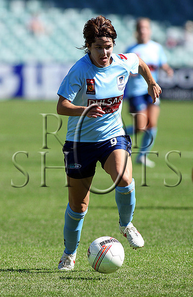 Sarah Walsh - Sydney F.C - Action from Westfield W-League Round 5 match between Sydney F.C and Adelaide United played at the Sydney Football Stadium on the 1st November 2009. The match was won by Sydney F.C 6-0 (PHOTO: ROB SHEELEY - SMP IMAGES) These images are intended for editorial use only (e.g. news or commentary print or electronic). Any commercial or promotional use requires additional clearance.