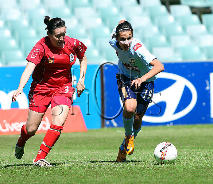 Leena Khamis - Sydney F.C - Action from Westfield W-League Round 5 match between Sydney F.C and Adelaide United played at the Sydney Football Stadium on the 1st November 2009. The match was won by Sydney F.C 6-0 (PHOTO: ROB SHEELEY - SMP IMAGES) These images are intended for editorial use only (e.g. news or commentary print or electronic). Any commercial or promotional use requires additional clearance.