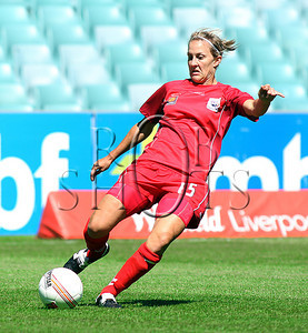 Tenneille Boaler - Adelaide United - Action from Westfield W-League Round 5 match between Sydney F.C and Adelaide United played at the Sydney Football Stadium on the 1st November 2009. The match was won by Sydney F.C 6-0 (PHOTO: ROB SHEELEY - SMP IMAGES) These images are intended for editorial use only (e.g. news or commentary print or electronic). Any commercial or promotional use requires additional clearance.