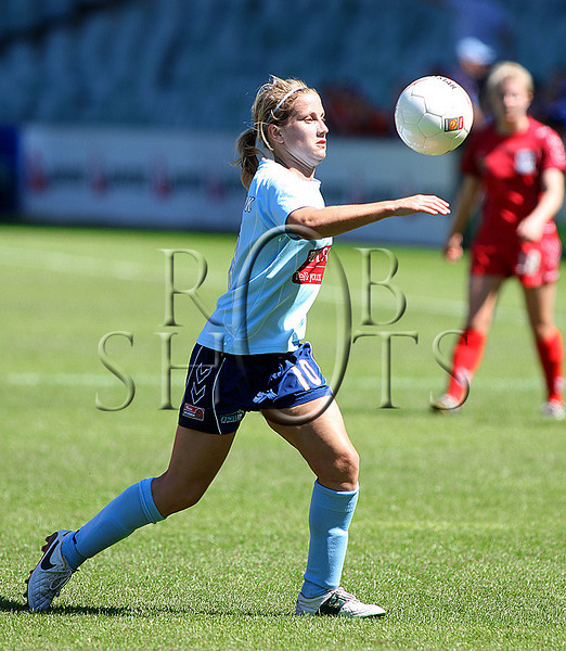 Kylie Ledbrook - Sydney F.C - Action from Westfield W-League Round 5 match between Sydney F.C and Adelaide United played at the Sydney Football Stadium on the 1st November 2009. The match was won by Sydney F.C 6-0 (PHOTO: ROB SHEELEY - SMP IMAGES) These images are intended for editorial use only (e.g. news or commentary print or electronic). Any commercial or promotional use requires additional clearance.