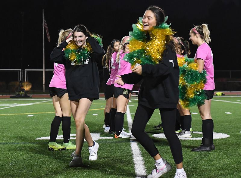 Women's Varsity Soccer: Jesuit Crusaders vs. Sunset Apollos