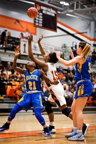 Ventura College Pirates Women's Basketball plays Allan Hancock Bulldogs at VC, Ventura Calif., Wednesday evening, Feb. 19, 2020. Pirate Kimora Pooler rebounds against Bulldogs Milan McGary (#21) and Sarah Gudeman (#3). (Photo by Greg A. Cooper / © Ventura College Athletics 2020)
