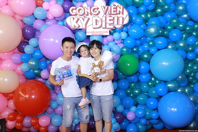 WonderPark-CongVienKyDieu-Premiere-photobooth-instant-print-chup-hinh-in-anh-lay-ngay-su-kien-Tiec-cuoi-WefieBox-photobooth-Vietnam-035