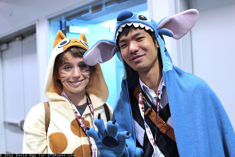 Felyne and Stitch