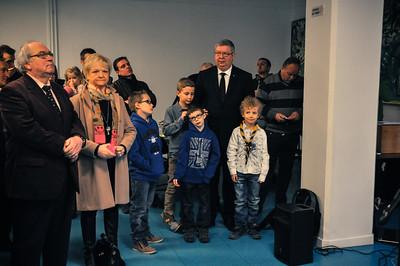 Bernard Hameau et ses petits enfants lors de la cérémonie