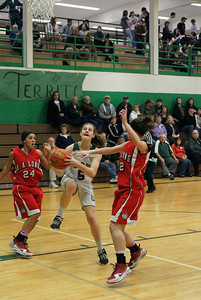 Var Girls Vs Ra Long 2-4-10 012