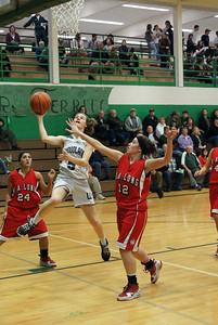 Var Girls Vs Ra Long 2-4-10 013