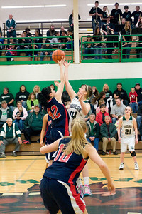 Varsity Girls Vs Black Hills 2-26-10 020