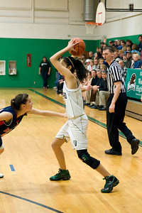 Varsity Girls Vs Black Hills 2-26-10 034