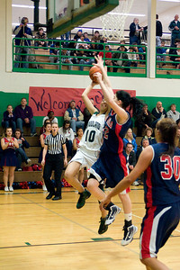 Varsity Girls Vs Black Hills 2-26-10 036