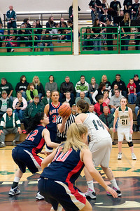 Varsity Girls Vs Black Hills 2-26-10 018