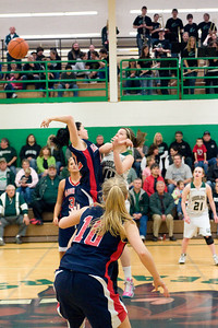 Varsity Girls Vs Black Hills 2-26-10 021