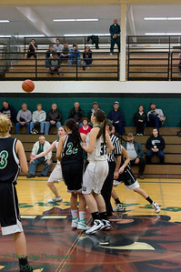 Girls Var Vs Tumwater 12-10-10 015