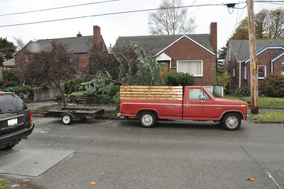 Loaded on the street.  The trailer provides a great barrier between me and other cars behind me.  Lights too.  11/16/12