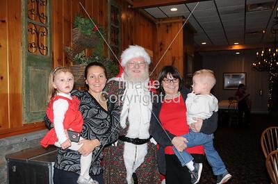2015-12-11 Woodloch Santa