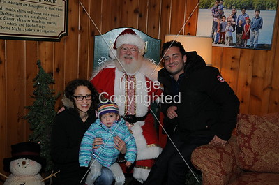 2016-12-16 Woodloch Santa
