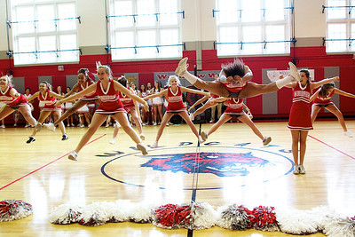Cheerleaders - Freshman 25