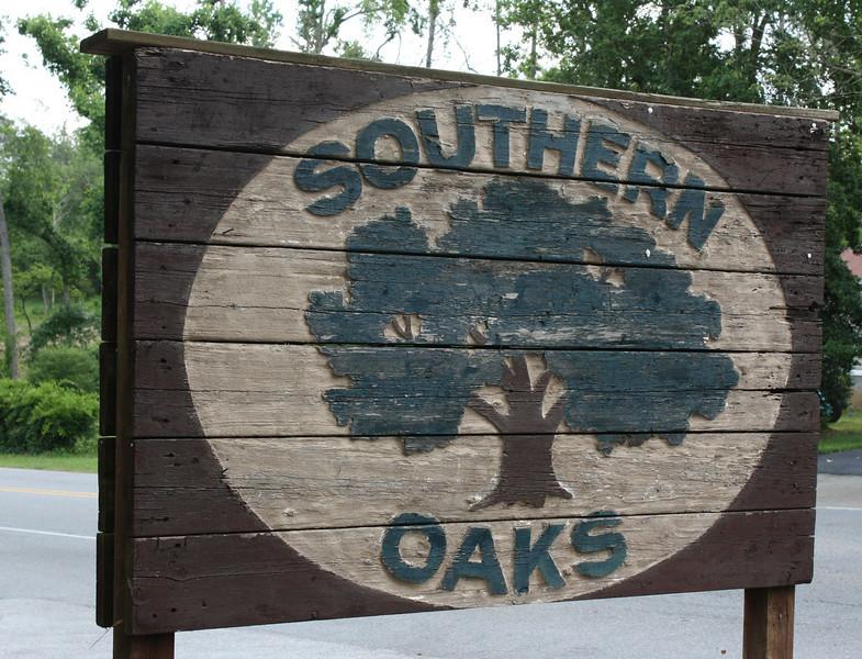 Southern Oaks-Woodstock