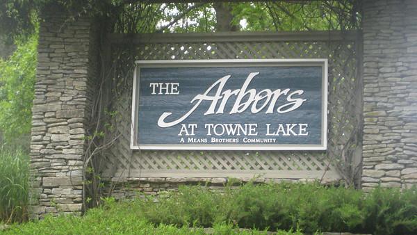 The Arbors At Towne Lake Woodstock Georgia Neighborhood (9)