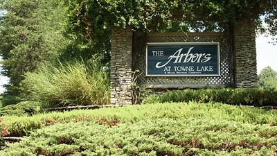 The Arbors At Towne Lake Woodstock Georgia Neighborhood (1)