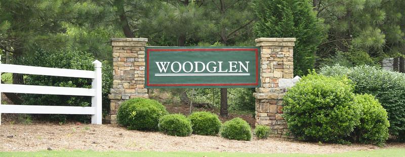 Woodglen-Woodstock Neighborhood