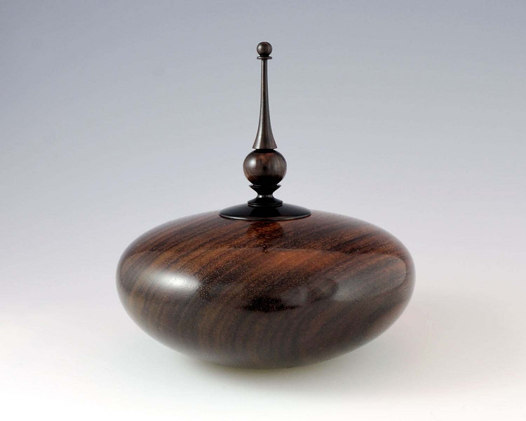 "East Indian Rosewood with African Blackwood lid/finial<br /> 5-1/2"" x 5-5/8"""